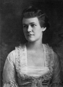 Charlotte_Winslow_Lowell,_1915