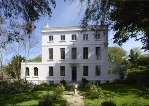 house for sale route de braye