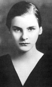 Mary_McCarthy_Vassar_1933